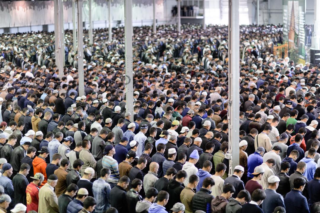 Какой сегодня праздник у мусульман 2018 поздравления 95