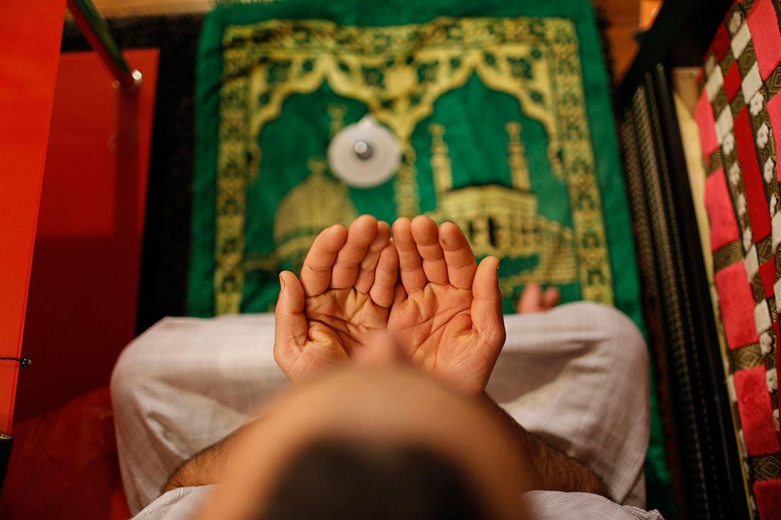 В картинках как молиться ислам