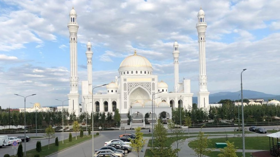 The biggest mosque in Europe opened in the Chechen Republic