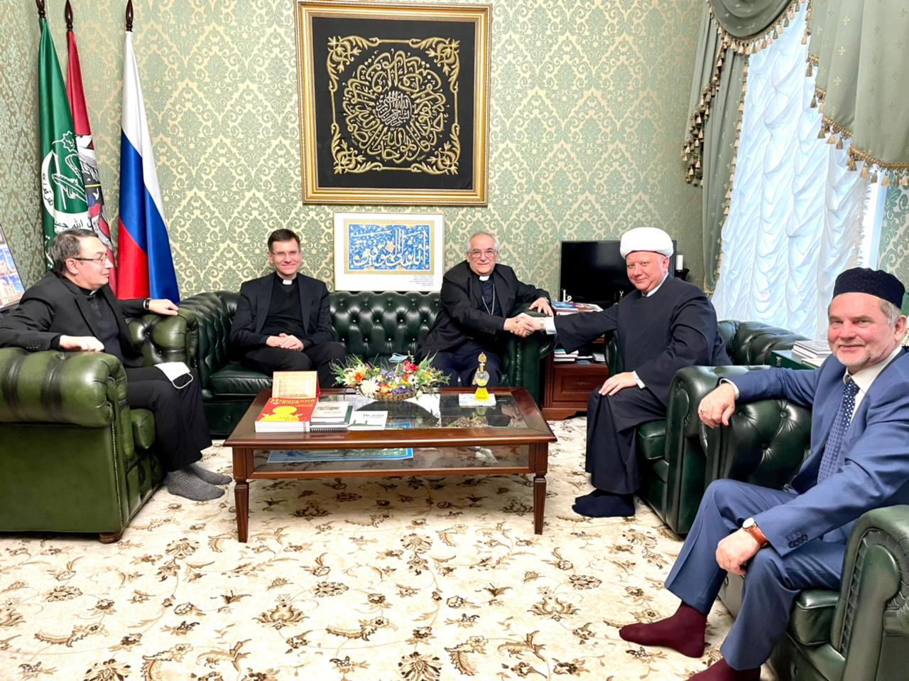 Albir Hazrat Krganov meets with Apostolic Nuncio to the Russian Federation.